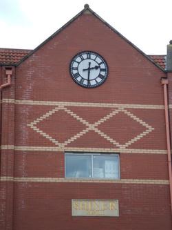 Large Skeleton clock