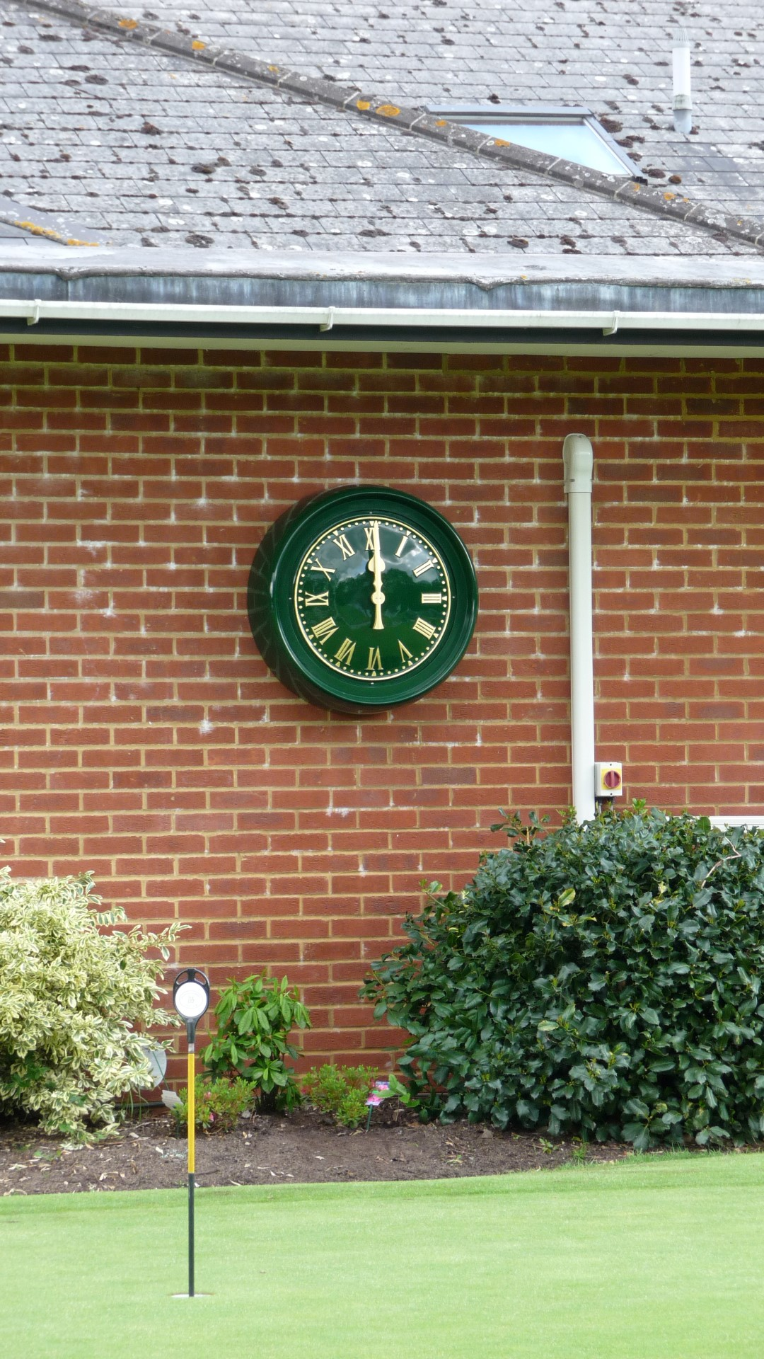 Hankeley Golf Club clock