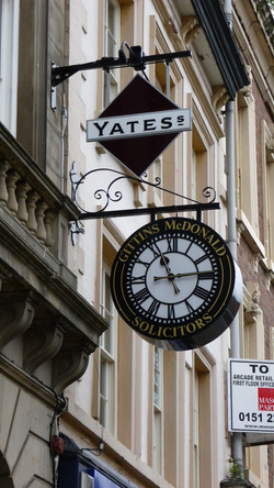 Drum clock with sign written name