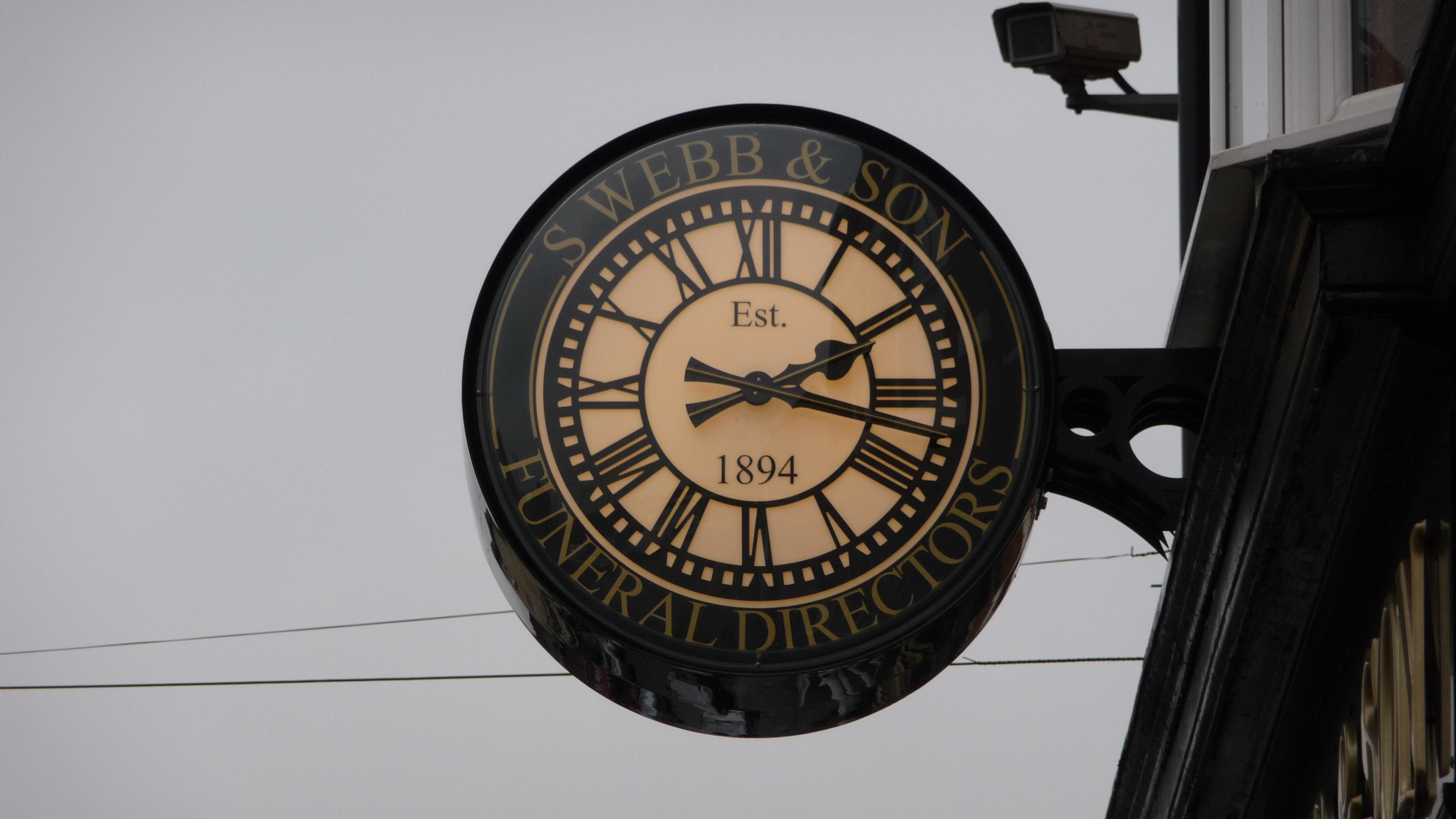 Drum clock for Funeral Directors