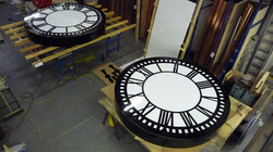 Large clocks for shipping