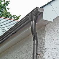 Stainless steel half round gutter with round downpipe