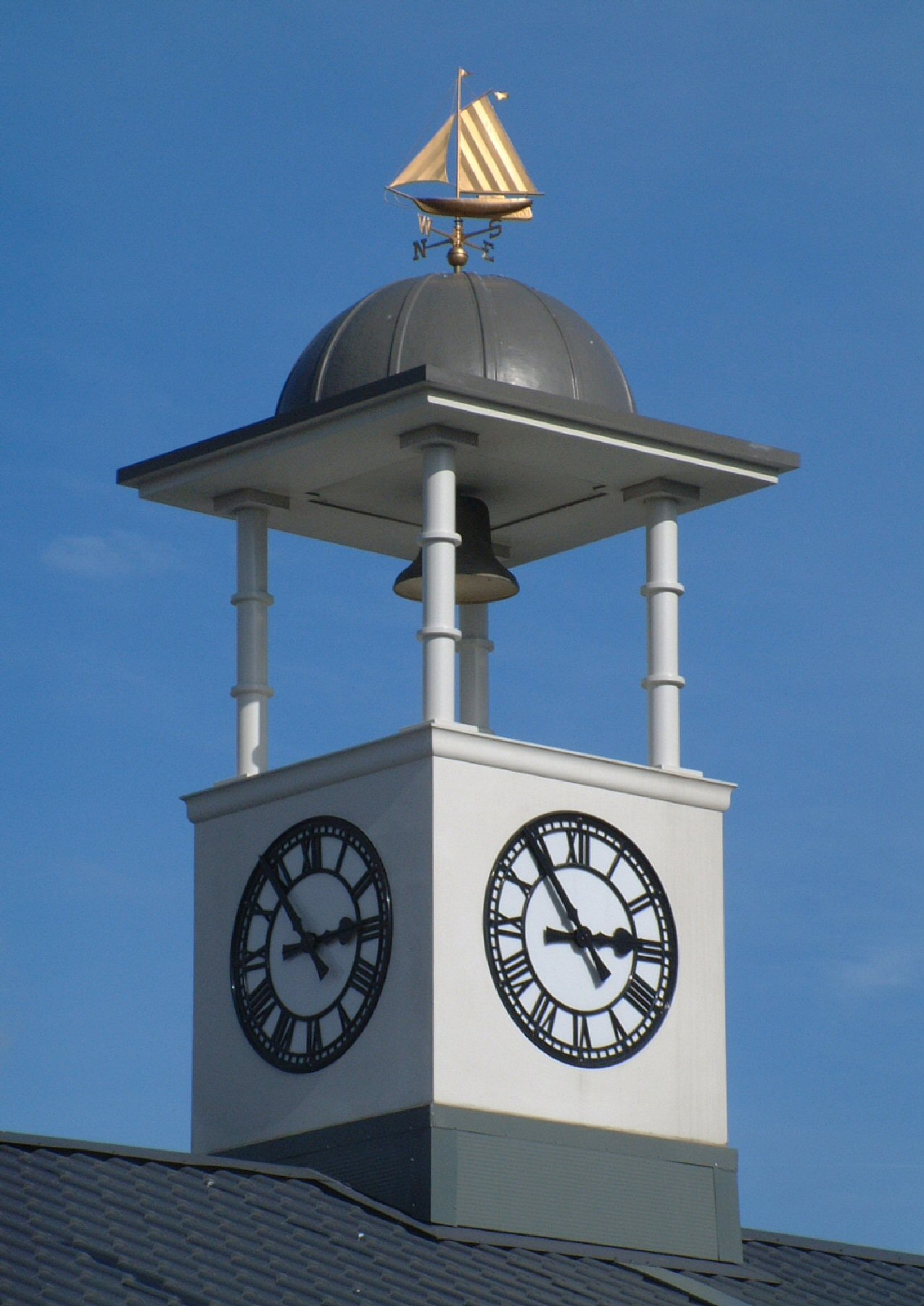 Large clock towers for shops
