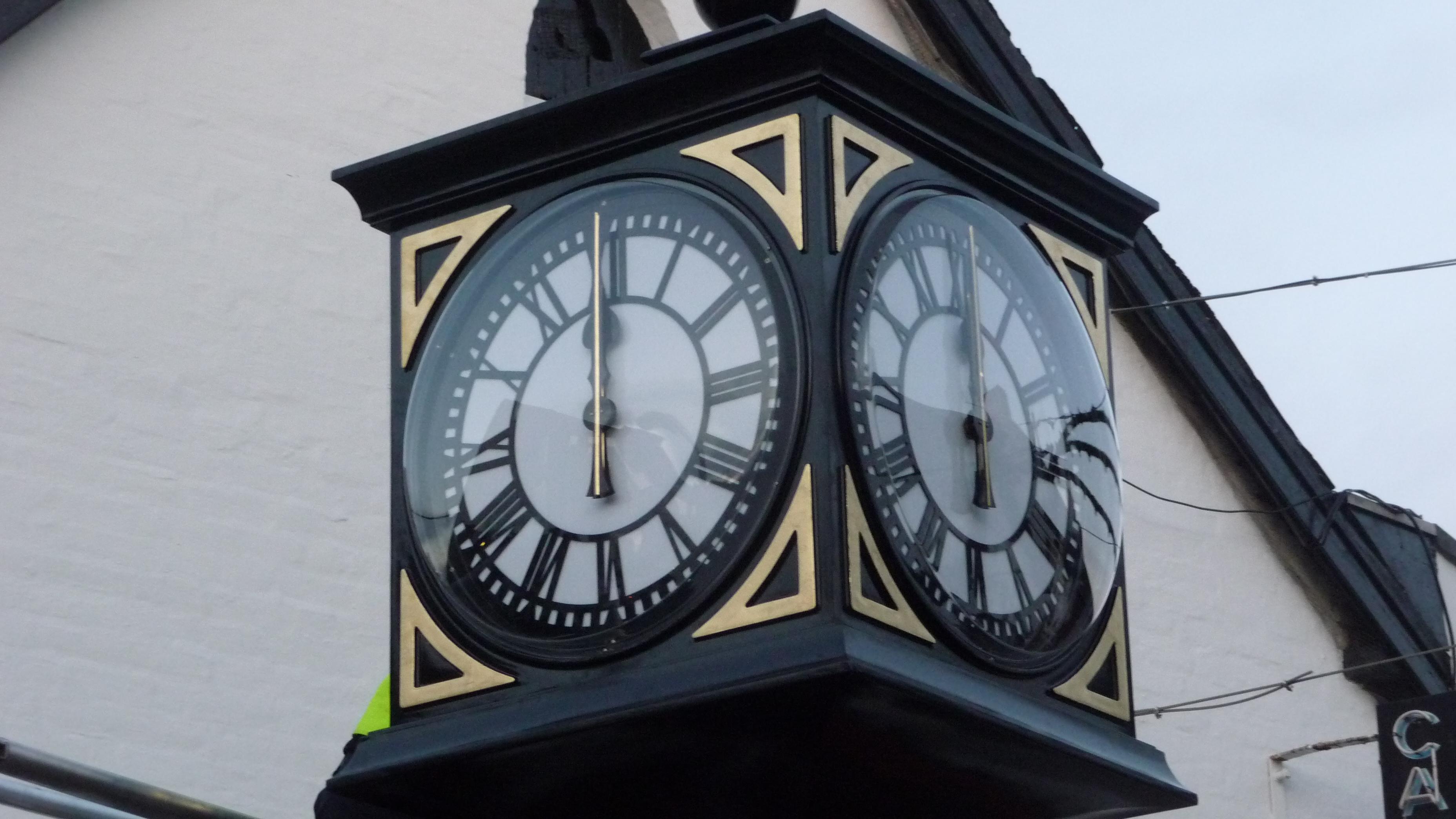 Black pillar clock