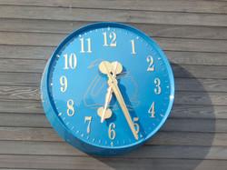 Swanmore School clock installed