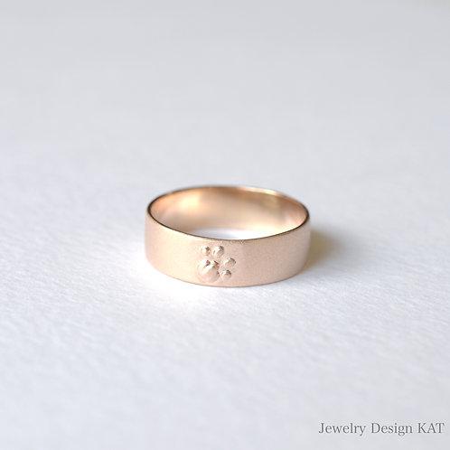 気持ちの良い肉球の指輪(ピンクシルバー)