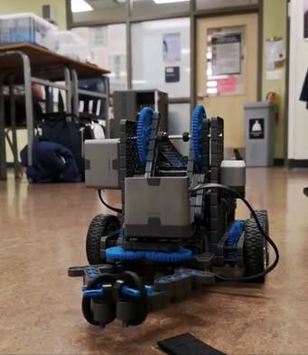 Robot 1.mov