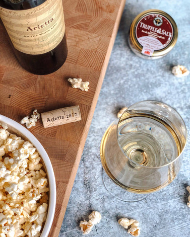 arietta-popcorn-rolling-hills-media-napa