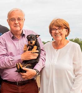 Familienfoto 2020 bearbeitet.JPG
