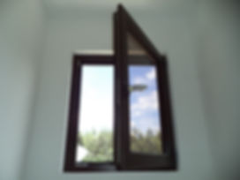 ventana oscilobatiente.jpg