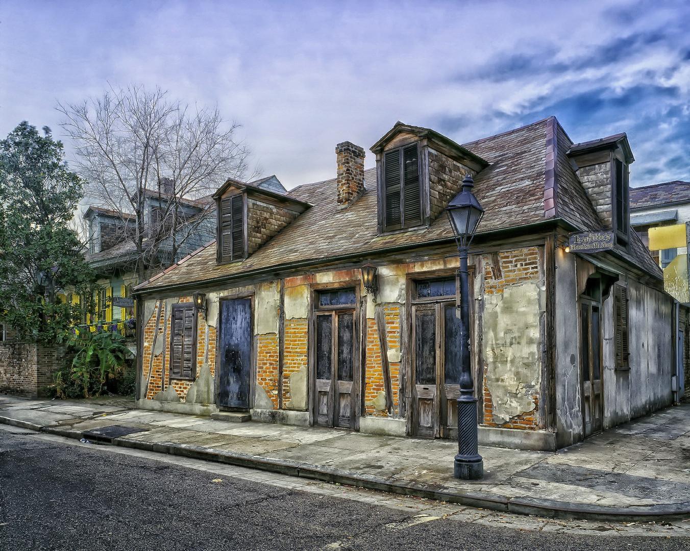 lafittes-blacksmith-shop-404201_1920.jpg