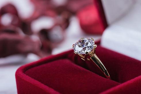 Anello oro diamante