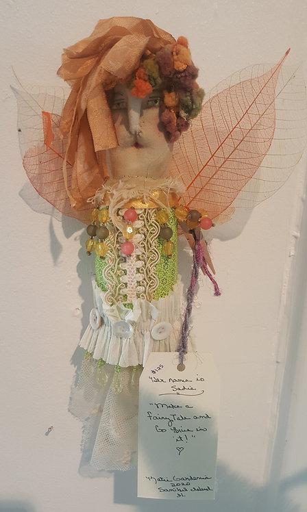 """OOAK Story People""""Sadie"""" fiber art doll Artist Katie Gardenia"""
