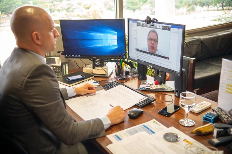 A modernização dos procedimentos de identificação e cadastro por meio de tecnologias modernas e seguras, como as videoconferências, proporcionará uma melhor experiência do usuário - Foto: Jordan K Torres/Casa Civil