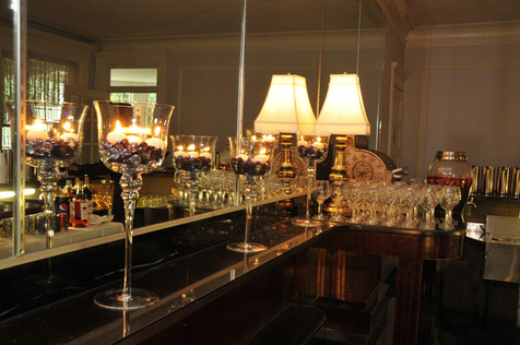 Bar Full.JPG