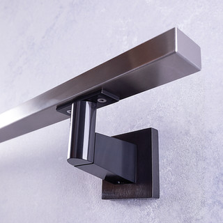 Square [stainless steel]
