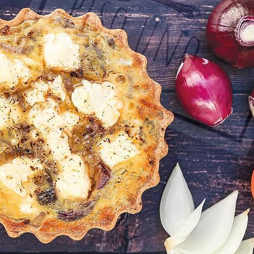 Tarta Egeo de cebollas caramelizadas y queso feta Piso Uno