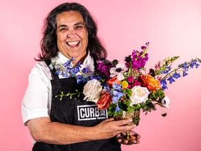 Curbside Chronicle Opens Flower Shop Employing Homeless