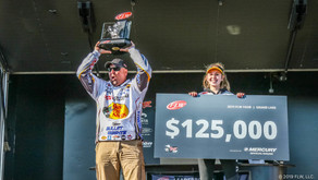 LAWYER WINS FLW TOUR AT GRAND LAKE