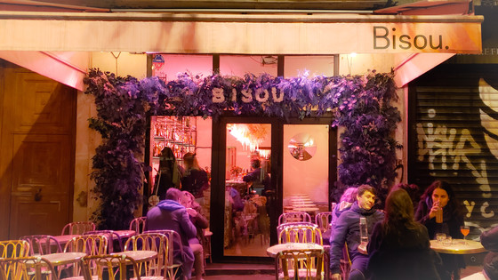 Mlle. She Travels' Bar Review: Bisou