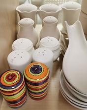 kitchen-pottery-spoon-shaker.jpg