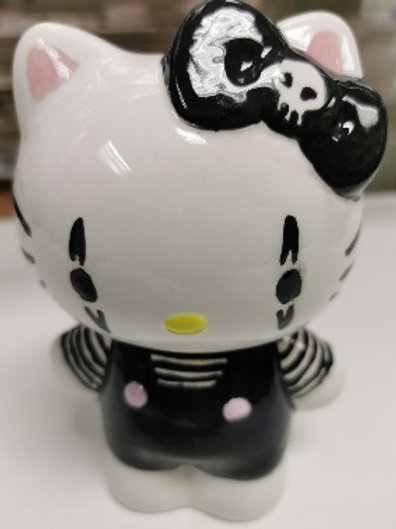 Hello Kitty Style Money Bank