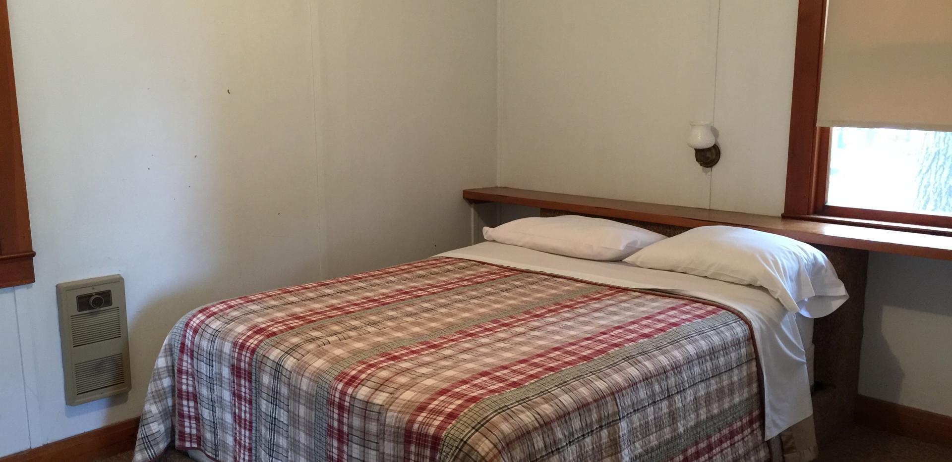 Cabin #1 - 2 Bedrooms