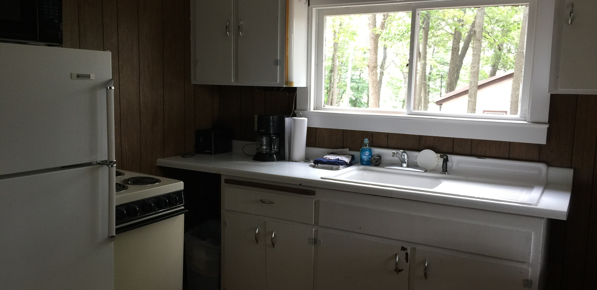 Cabin #1 - Full Kitchen