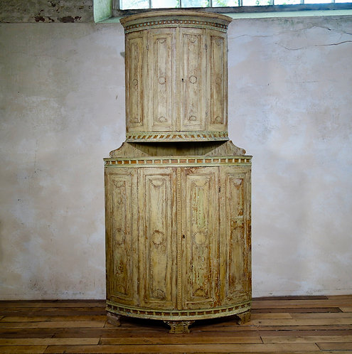 Original Painted 18th Century Swedish Gustavian Two-part Corner Cupboard