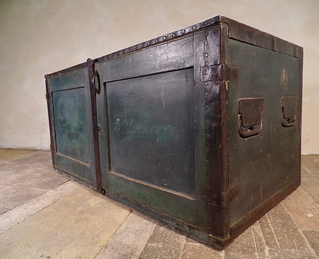 An Iron Bound WW1 Campaign Chest