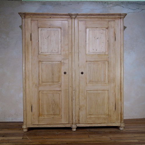 A Large 19th Century Continental Armoire