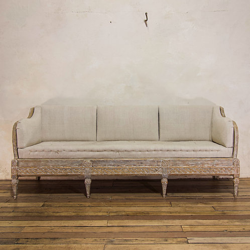 A Gustavian period Swedish Trågsoffa sofa - Original Painted