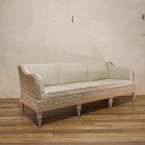 A Gustavian period Swedish Trågsoffa sofa - Original Painted
