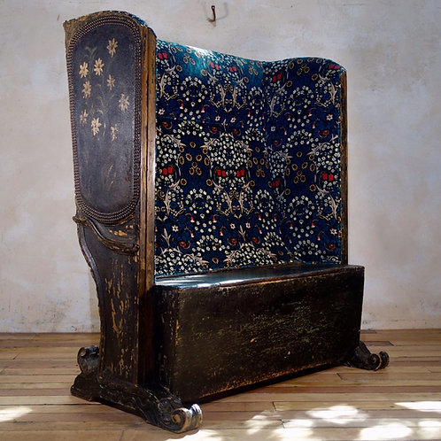 A 19th Century Continental Leather Upholstered Settle - Bench