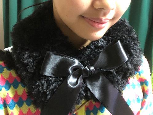 フェイクファーの飾り襟(ブラック)