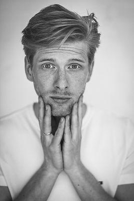 Philipp-Dietrich-Schauspieler-Sänger-3.j