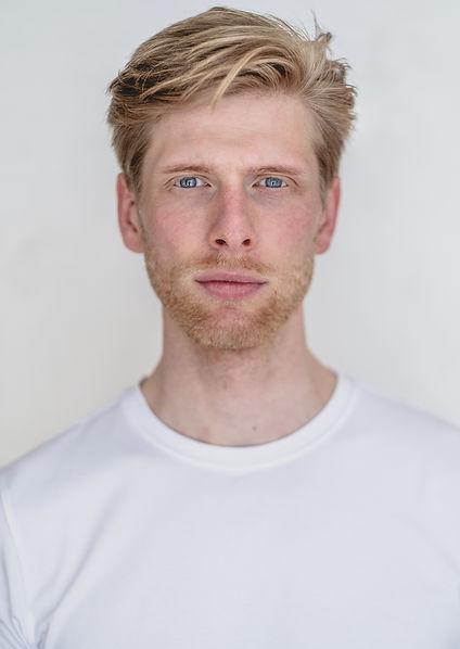 Philipp-Dietrich-Schauspieler-Sänger-2.j