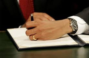 Presidential hand signing forms