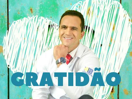 Gratidão: o melhor remédio. Entrevista com o Doutor Ricardo Tavares.