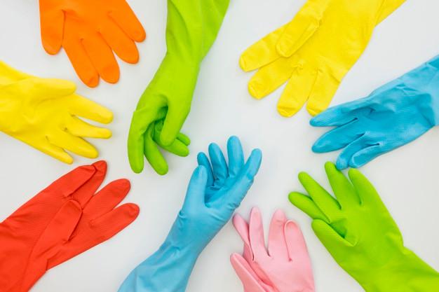 Guantes colores limpieza