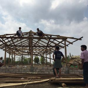 한국의 꿈과 미얀마의 꿈이 잘 만나고 있습니다. 한국의 마음과 미얀마의 마음이 잘 이어지고 있습니다. 한국의 미래와 미얀마의 미래가 잘 자라고 있습니다. 지난주 5월4일에 (사)사람예술학교의 서준렬 (June Youl Seo) 사무총장님과 YIP 미래인재 Global Training 프로젝트 1호 신다혜 (DaHye Shin)  필더필 대표가 (사) 사람예술학교가 미얀마의 사가잉 디비전의  이고마을(교장 Thiha Zaw) 에 짓고있는 SARAM EDUCATION CENTER의  건립진행 상황을 보고 왔습니다. 사람예술학교의 Myanmar's 100인 Korean Friends 여러분! 여러분 덕분에 시작하였습니다. 여러분 덕분에 꽃피고 있습니다. 여러분 덕분에 우리 아이들의 미래가 이곳에서 자라고 있습니다. 우리 아이들과 미얀마 아이들이 함께 세상을 위해 좋을 일을 할 수 있는  다리가 만들어 지고 있습니다. 덕분입니다. 감사합니다. 이고마을 아이들의 마음에 여러분의 뜻이 다음과 같이 빛나고 있습니다. We hope the children will grow up to be SARAM in this center. 이 센터에서 아이들이 사람다운 사람으로 자라나기를 희망합니다. This educational philosophy is supported by 100 KOREANS 이 교육철학을 100인의 한국인이 응원합니다. Koran 100인 Friends 김수로헌 이지헌 김영주 김다예 차흑백 최선영 김다솜 (Dasom Kim) 오진숙 김한규 (Hankyu Kim) 김찬우  이예송 (YeSong Lee) 서준렬 이유리 (Lee Yuri) 박현진 (Hyonjin Bak)  임지연 장일서 송문희  김종원 강수정 김현성 김민영 (Min Young Kim) 전호겸 이진아 이노진솔 Jinsol Inno, Yeon Yellow-Duck Choi 최승연, 최미루,  김형철 최유진 김혜연 김승현 박병건 윤성아 (Sung-ah Yoon) 변강륜 안영노 (Annyee Youngro) 오희영 임성연 (Sung-Yon Lim) 민병덕 (ByoungDug Min) 민필기, 민재희, 민영희  장보은 (Boeun Therese Chang)  김시우, 김서우, 김무희 서보민, 서유민, 김정숙 안윤경  유하진 조준휴, 표신지, 조윤진, 조현진, 조윤찬,  장기도 (Kido Chang) 정민호 정승원, 정하은, 정예지,  모자이크 비즈니스 랩,학교법인 덕명학원 (주)정심식품,