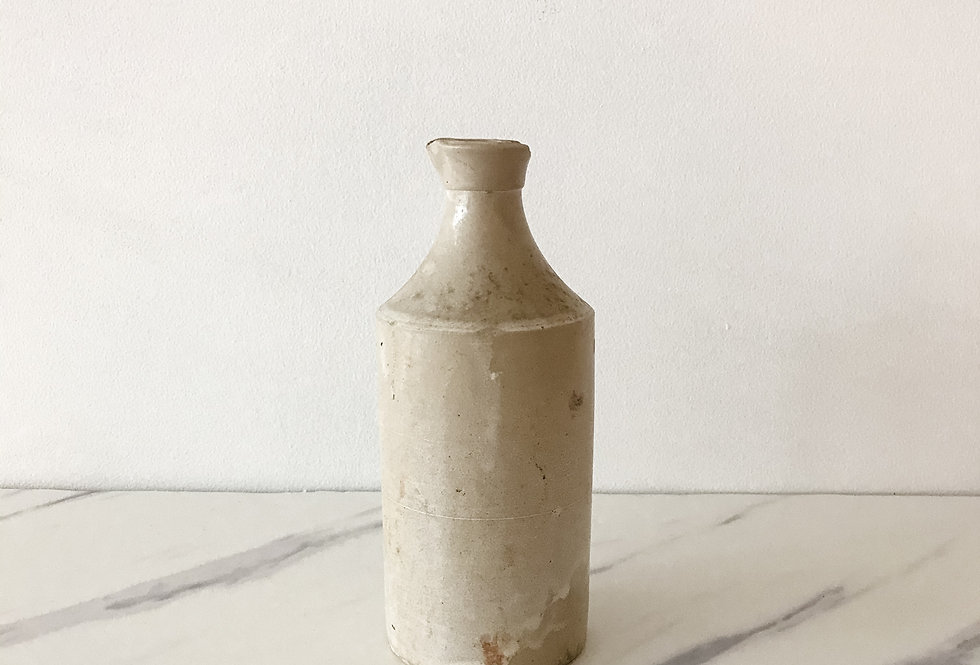 Cream Ink Crock with Spout (small chip)