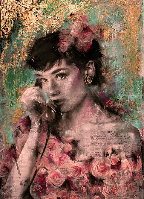 Audrey Hepburn - Rose gold print