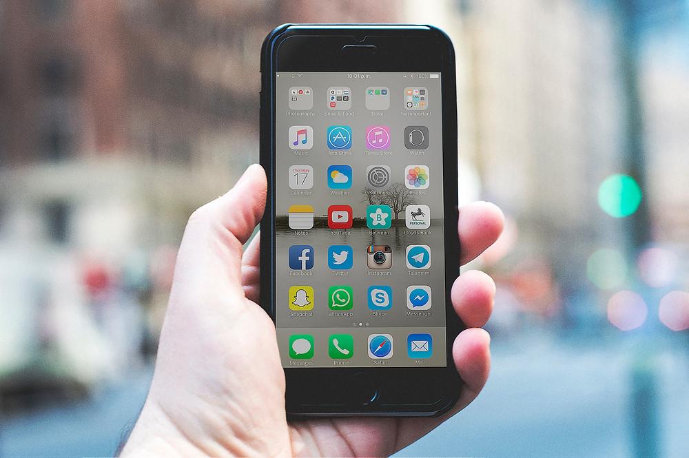 Unplugged Travel: Social Media Zombies No More by Jenny Cox Holman, Jenny Cox Holman writer