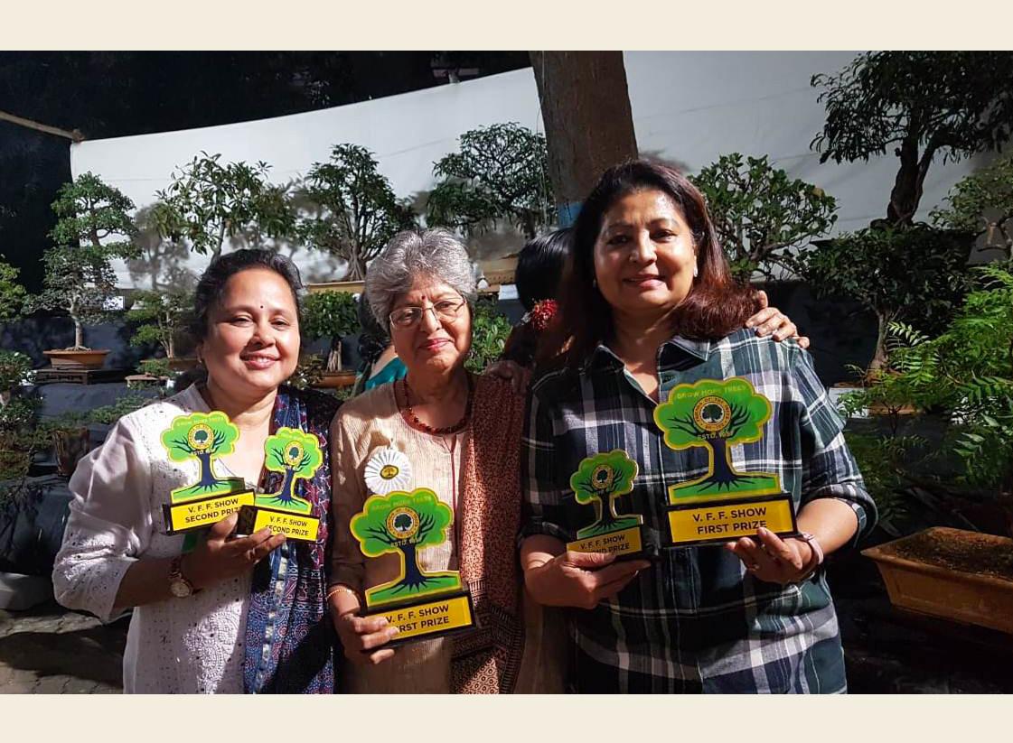 Study Group members win 5 awards at FOT Show