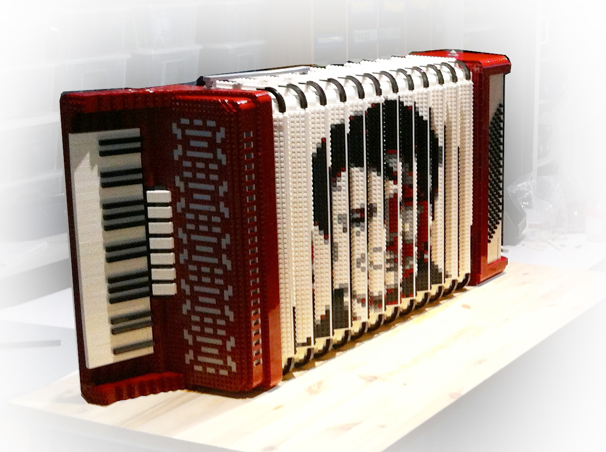 AmazingsLEGOCallaertsDenoyelleAccordion1