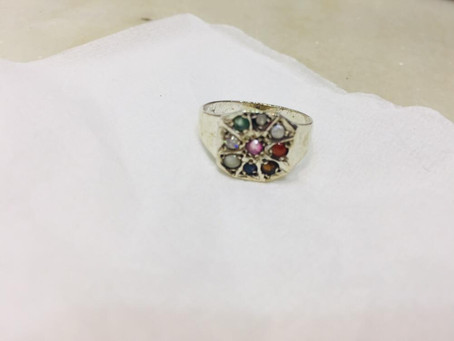 What are the Benefits of wearing a Navratna Ring?