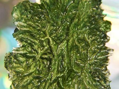 Moldavite, A healing stone -Gemtre
