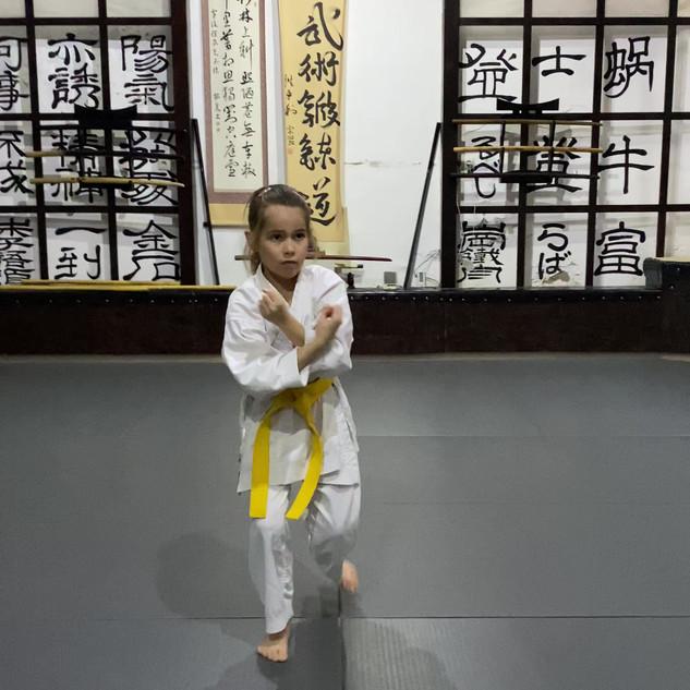 6. Age uke helyben és mozgásban