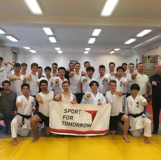 Arakawa Sensei látogatása  TF-en